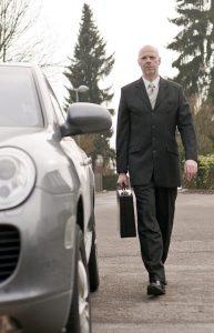 Zorg voor onderhoud aan je auto