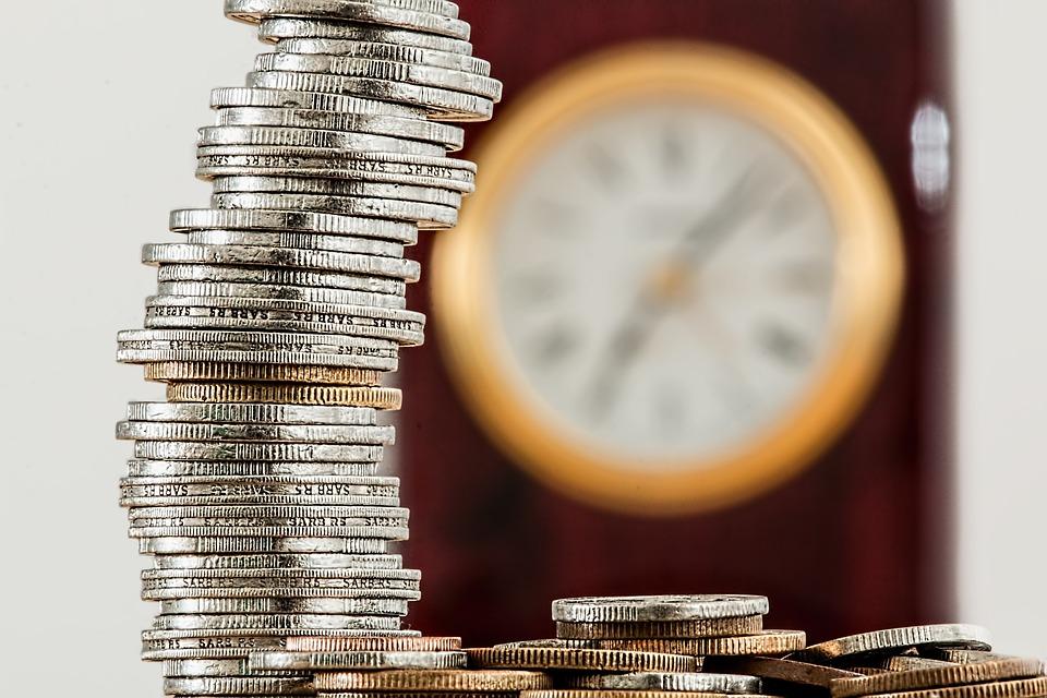 Wat zijn de verschillen tussen investeren en handelen