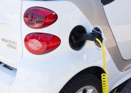 Verkoop elektrische auto's neemt toe, maar is het genoeg?