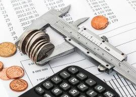 Minder inkomstenbelasting en het lage btw-tarief omhoog