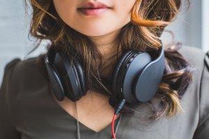 koptelefoon muziek werken
