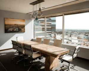 Praktische tips om je werkplek coronaproof te maken
