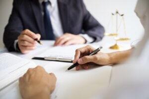 Welke specialisaties heb je bij advocatuur? Bijvoorbeeld ondernemingsrecht advocaat!